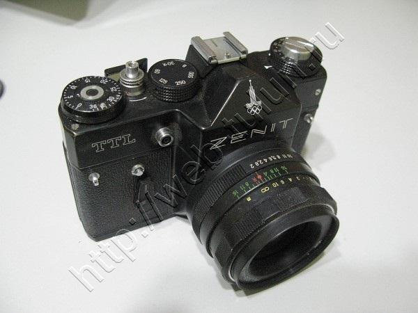 Фотоаппарат Зенит -TTL с олимпийской символикой. СССР 80-е годы. , альбом Вещи из СССР