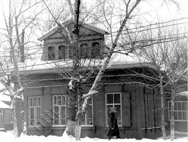 Здание по ул.Ленина. 80е гг., альбом Тулун, которого уже нет